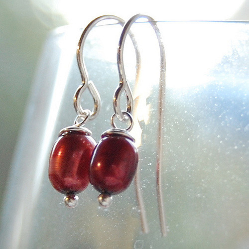pearl earrings – dyed freshwater pearls