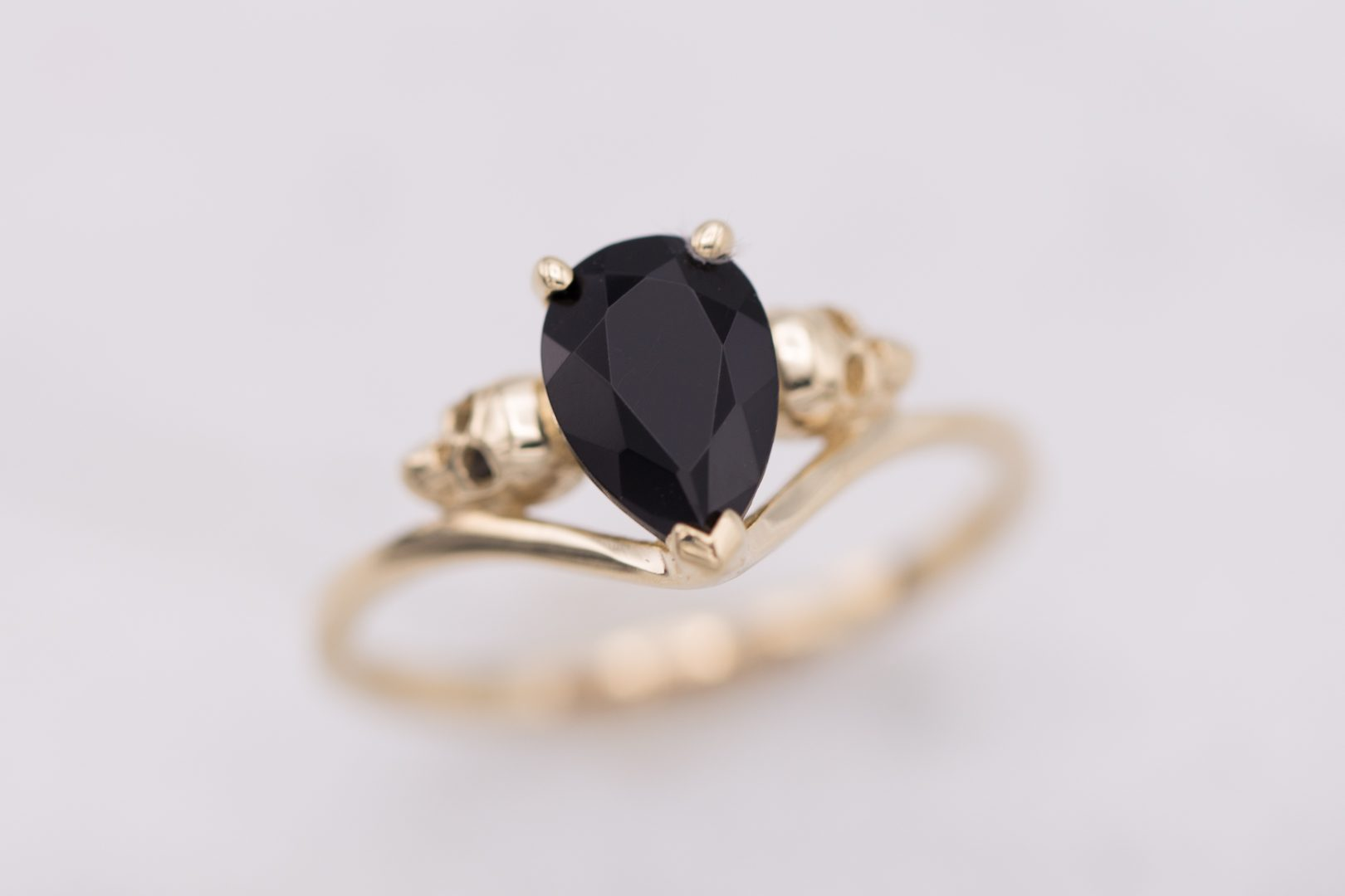 Onyx Value Price And Jewelry Information International Gem Society