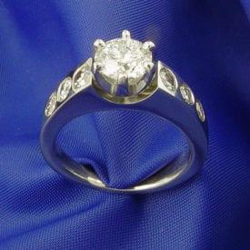 white diamonds - ring set