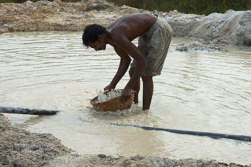 Moonstone mine - Sri Lanka