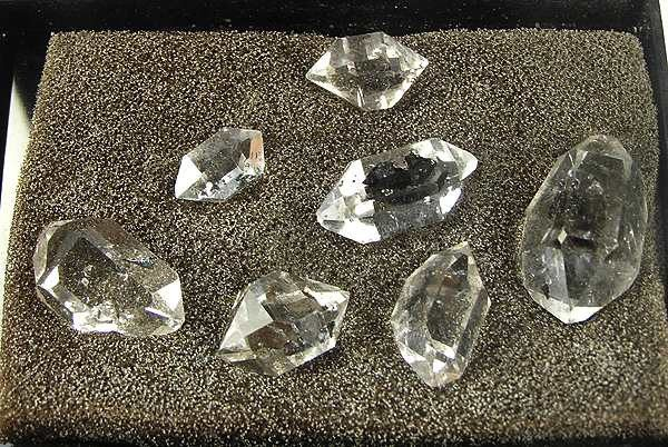 """Herkimer diamonds"" quartz, double terminations - gem formation"