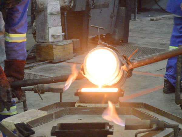 jewelry metals - smelting gold