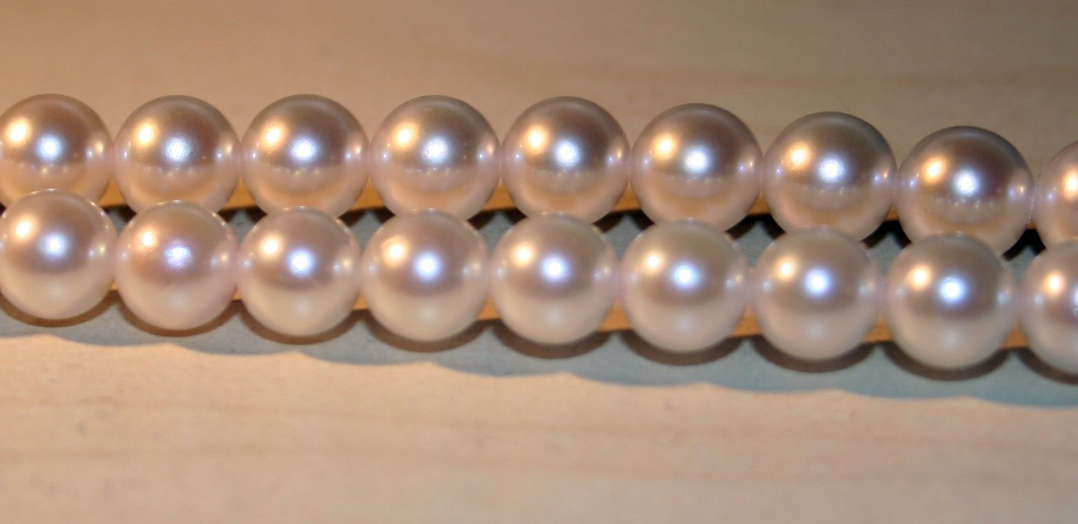 Pearl Value, Price, and Jewelry Information ...