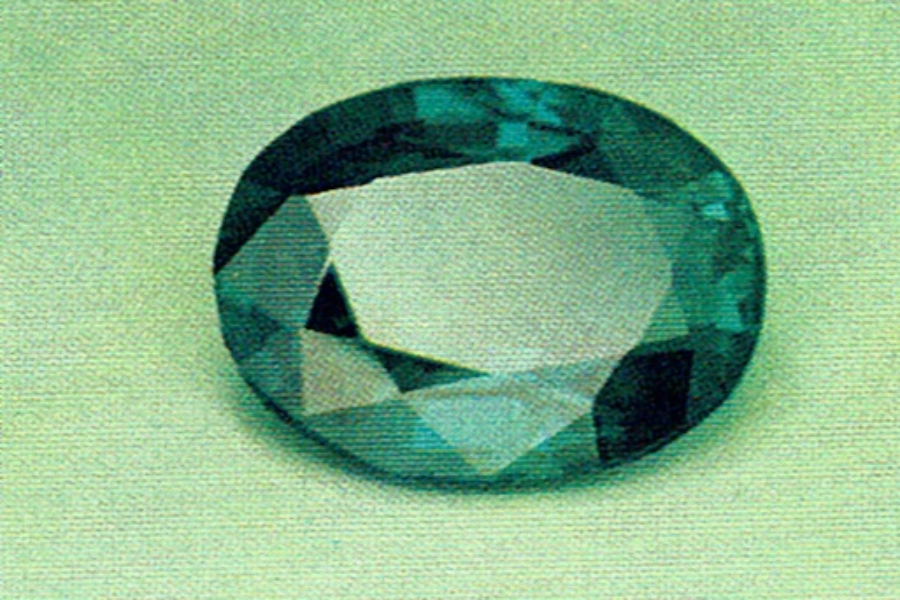 alexandrite - daylight - gem species and varieties