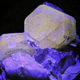 gemstone luminescence