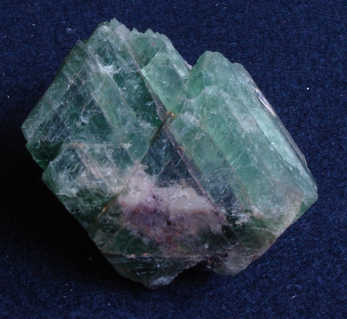 Fluorite - gemstone cleavage