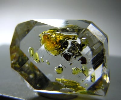 Gemstone Inclusions - Petroleum in Quartz