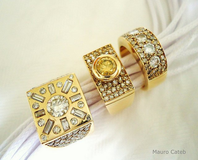 diamond myths - yellow gold and diamonds