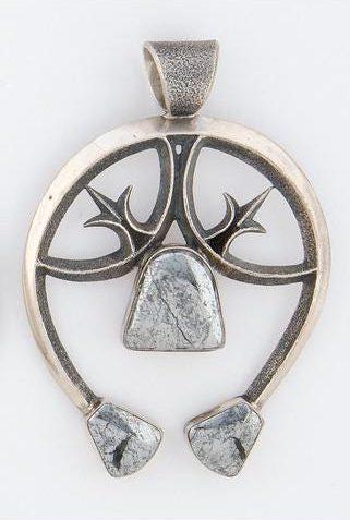 naja navajo pendant