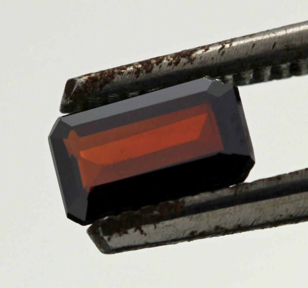 emerald-cut brookite - Pakistan