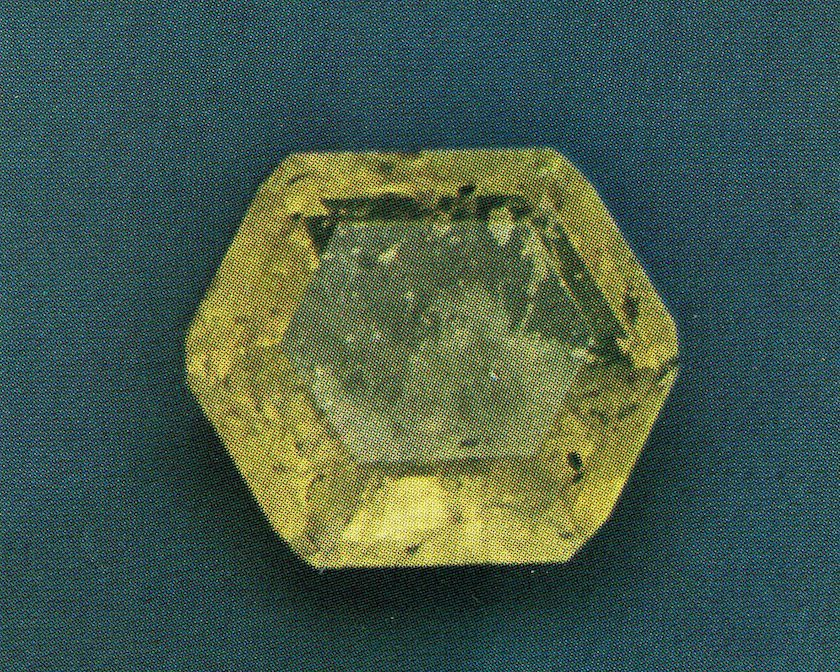 Faceted gem - Namibia copy - FI