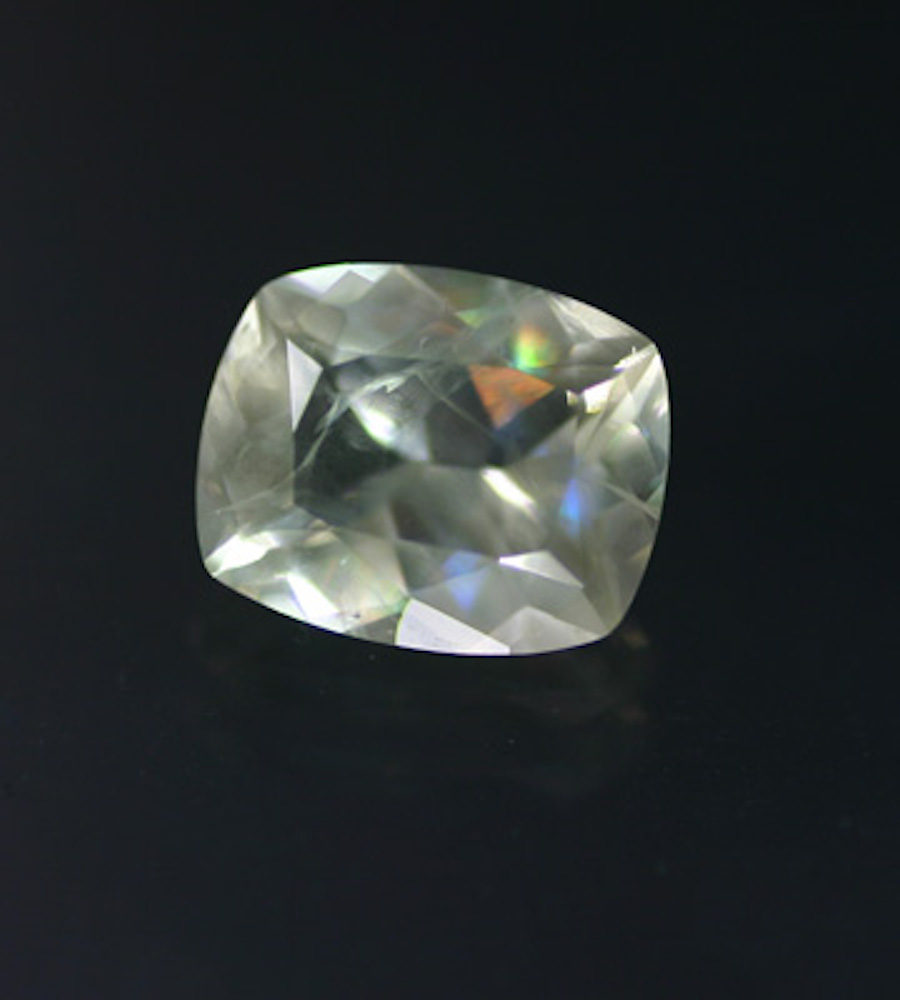 cushion-cut leucite 1 - Italy