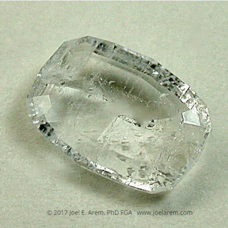 faceted yugawaralite