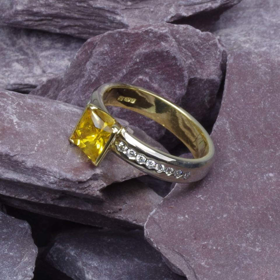 princess cut sapphire
