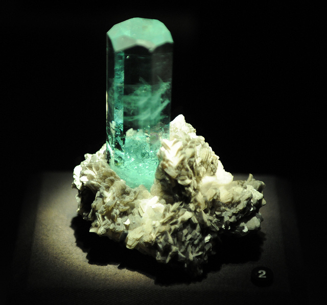 """Beryl v. Aquamarine"" by Ed Uthman is licensed under CC By 2.0"