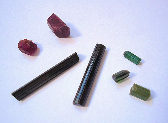 tourmaline crystal - rough
