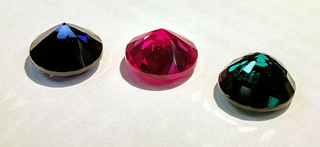 sapphire, ruby, and emerald - cutting synthetic gemstones
