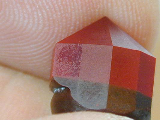 Typical corundum pitting - heart ruby