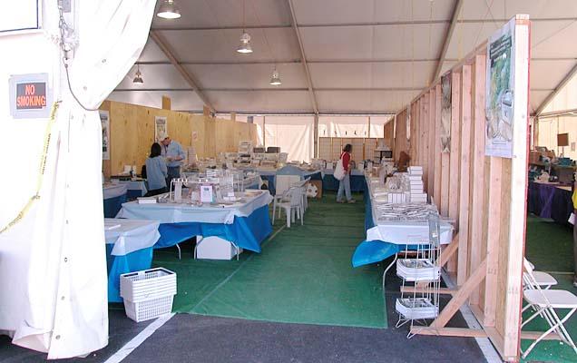 Crystallite tent