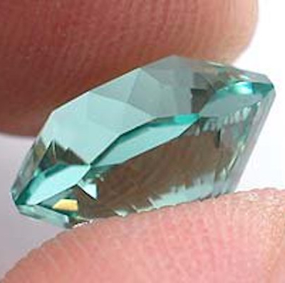 Memory gem design, side view - paraíba tourmaline, Nigeria