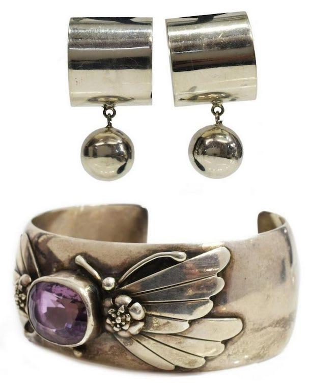 earrings and bracelet jewelry set
