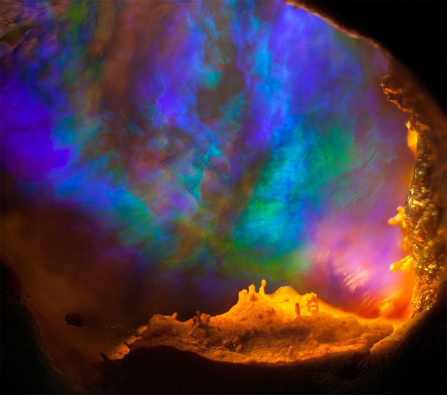 Gemstone photomicrography - Mexican opal