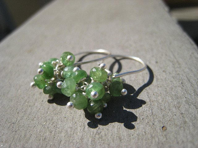 """Tree Frog Earrings,"" leaf-green tsavorite garnet rondelles, by Marianne Madden is licensed under CC By-SA 2.0"
