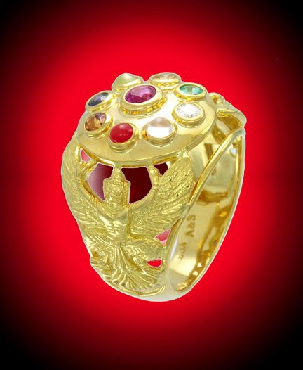 Navaratna ring with hessonite