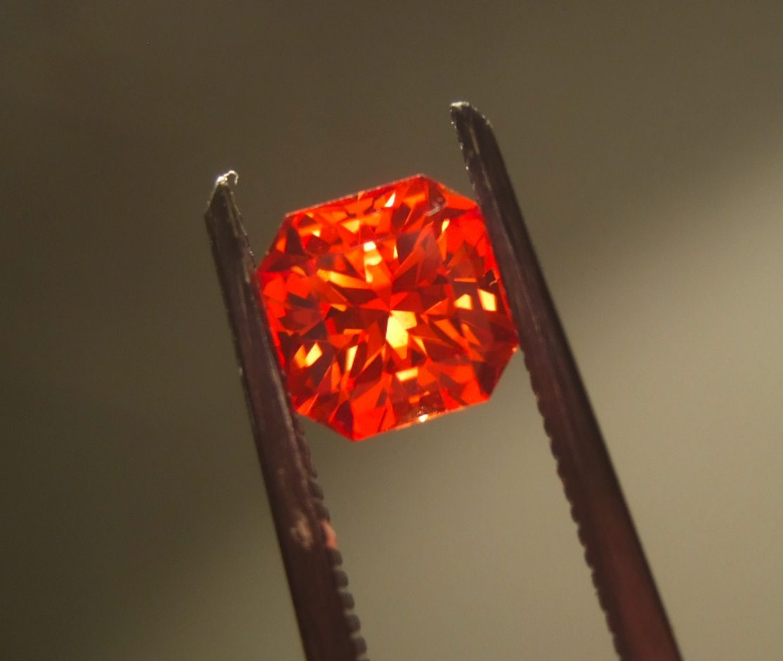 Padparadscha Sapphire Value Price And Jewelry