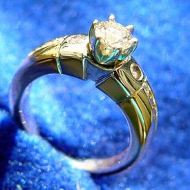 gold, platinum, and diamond ring - diamond grade categories