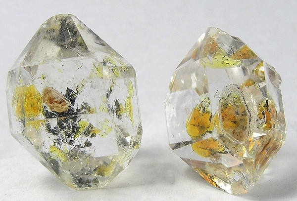 Herkimer diamonds/quartz - mechanical gemstone cleaning