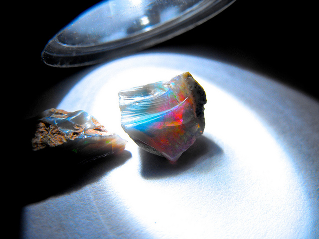 "Opals are renowned for their play of color and light. ""Opal"" by Yagan Kiely is licensed under CC By-SA 2.0"