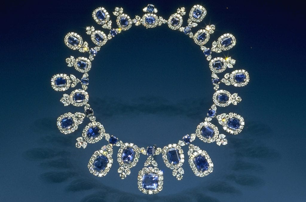 sapphire buying - sapphire and diamond necklace