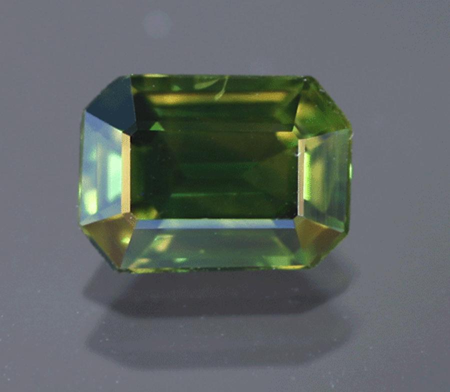 sapphire buying - green sapphire, Sri Lanka