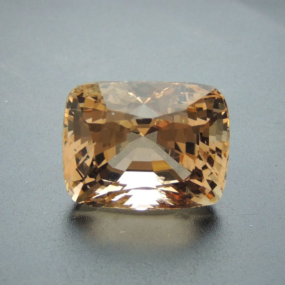 pinkish brown topaz - Myanmar