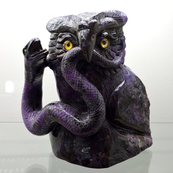 sugilite owl carving
