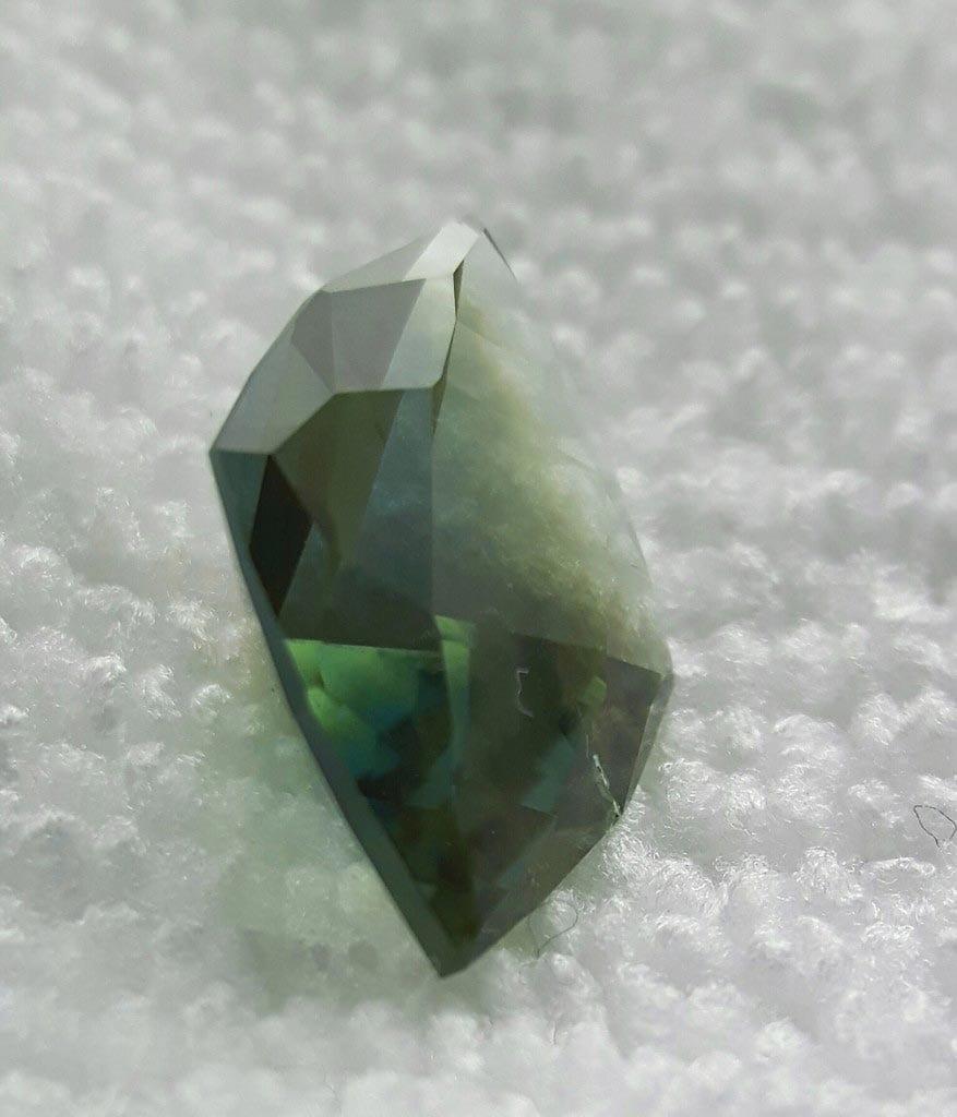 Blue Green - Oregon Sunstone Buying