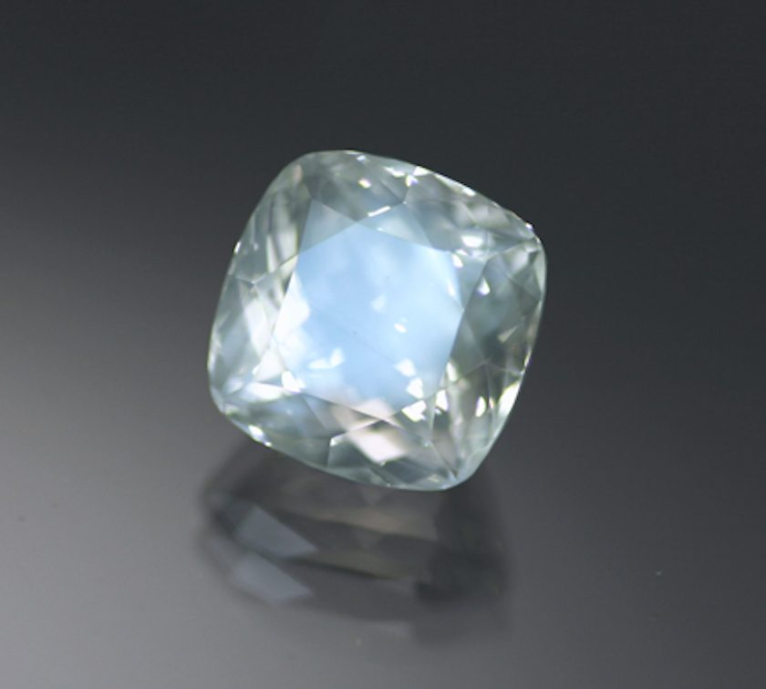 square-cut moonstone 4 - Austria