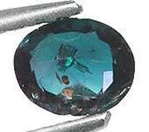 oval-cut alexandrite - daylight 2