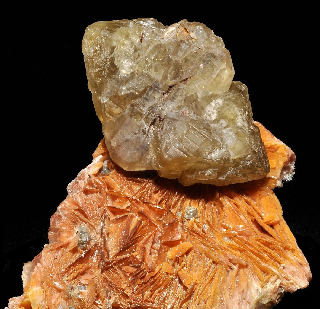 barite and cerrusite, normal light - Morocco