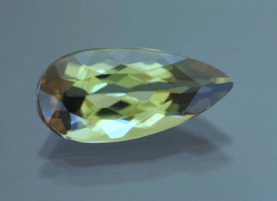 pear-cut andalusite