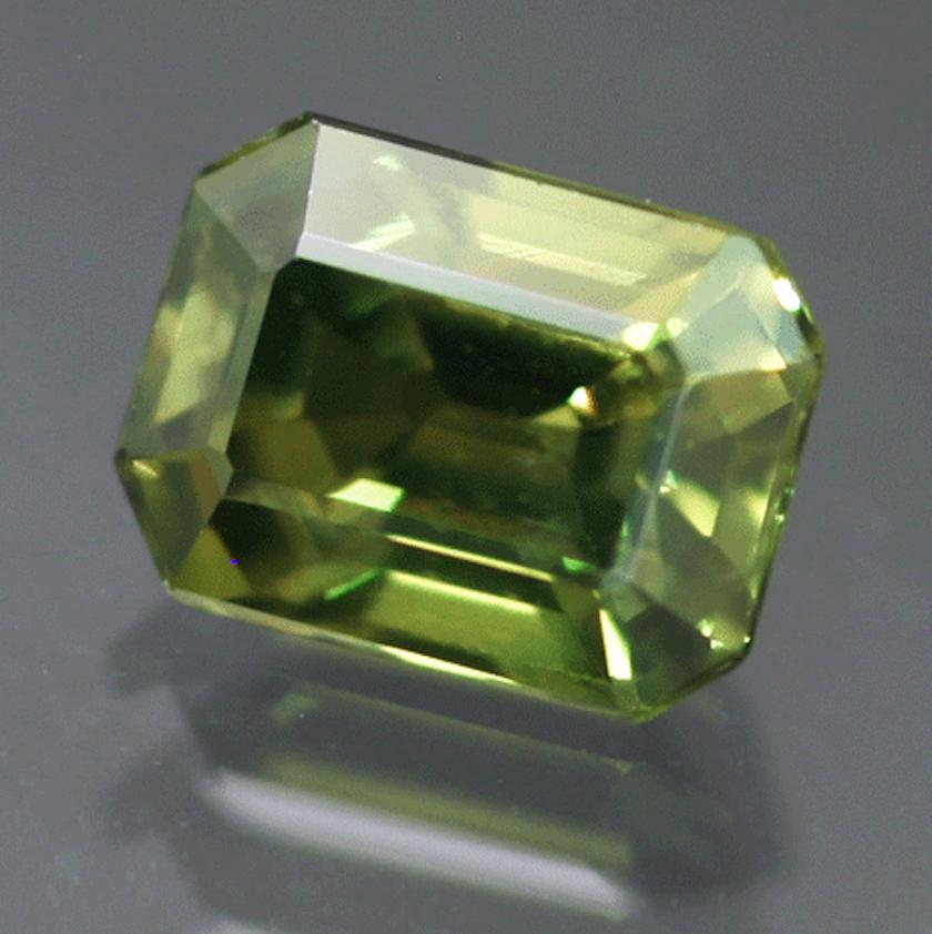 gem definition - green sapphire