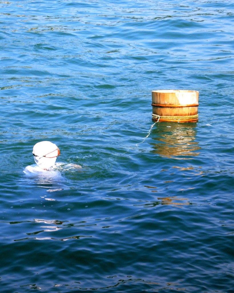 pearl symbolism - Ama diver