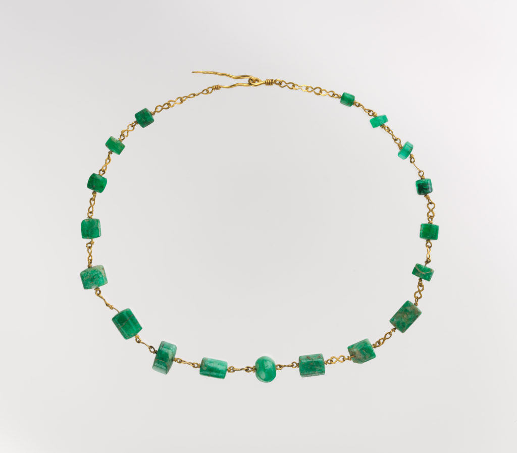 Roman gold and emerald necklace - emerald symbolism