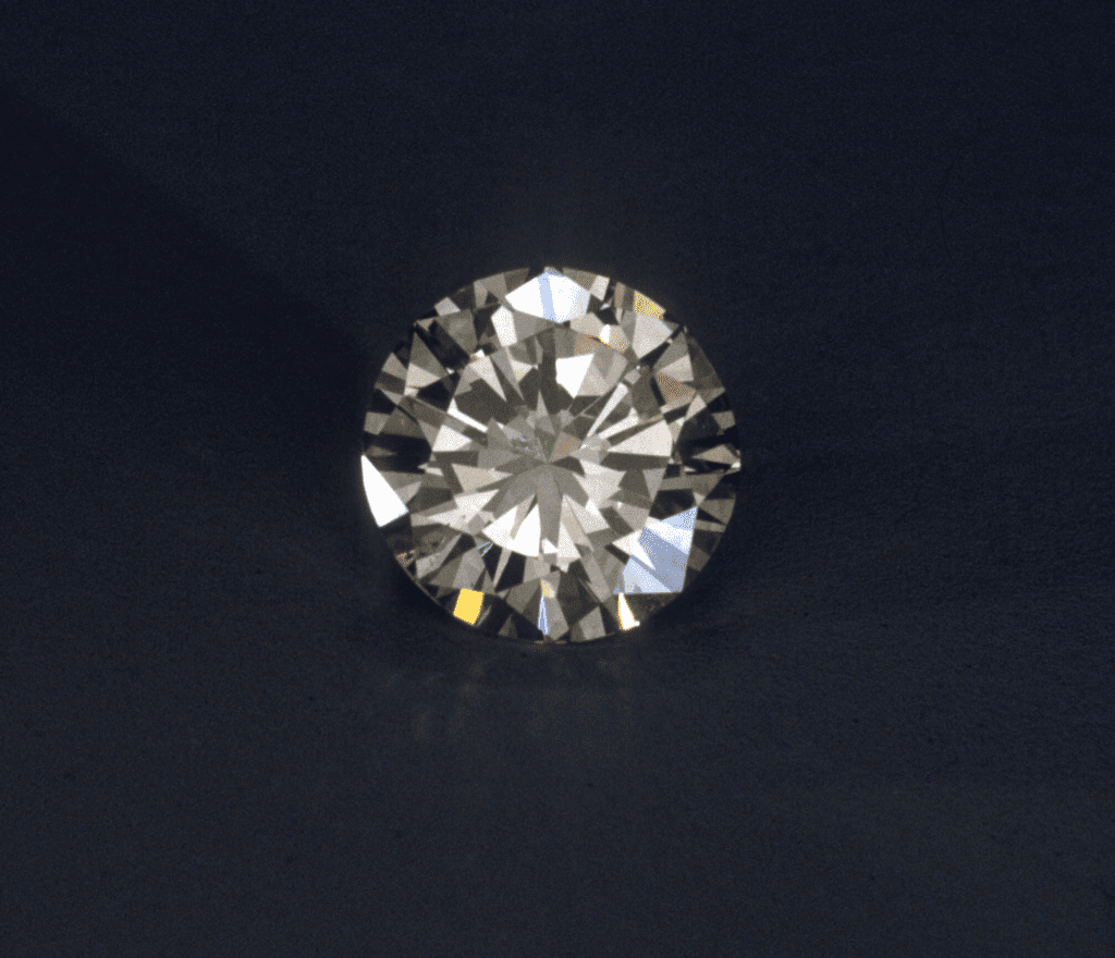 diamond - adamantine luster