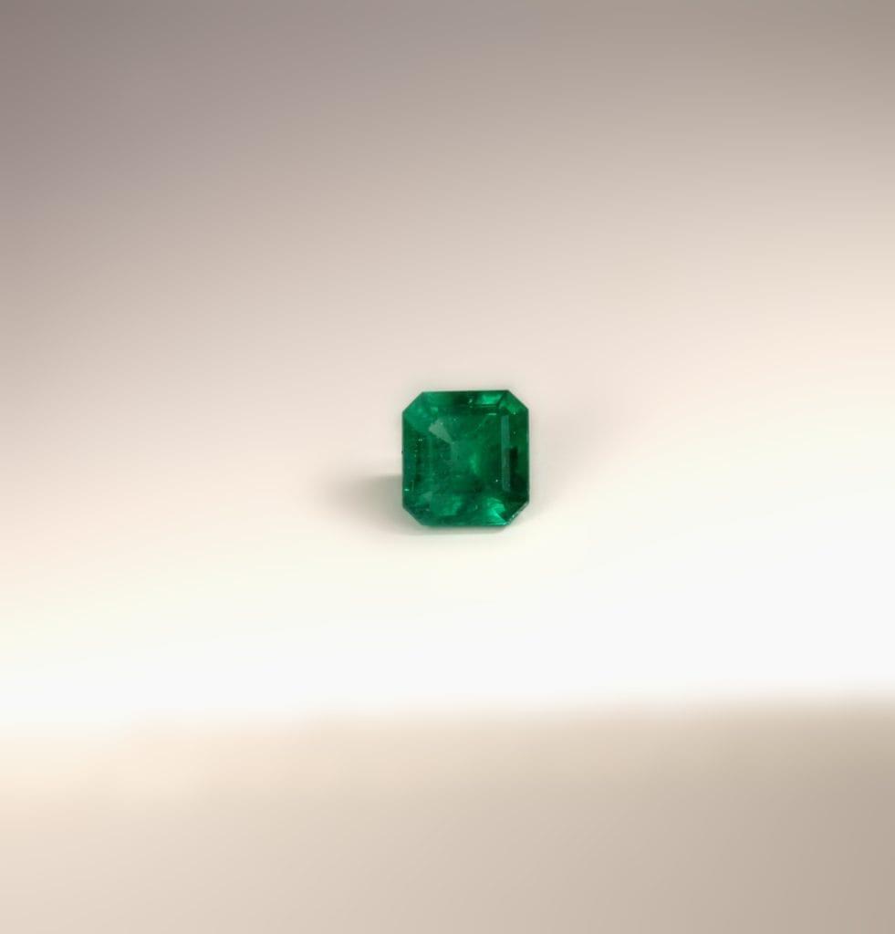 classic emerald-cut emerald - emerald buying guide