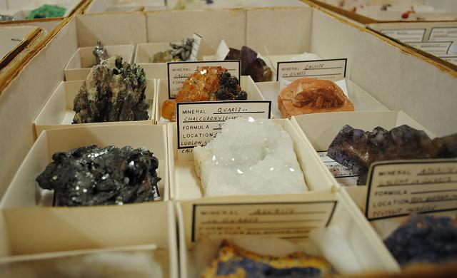 buying gems - Delvers Gem Show