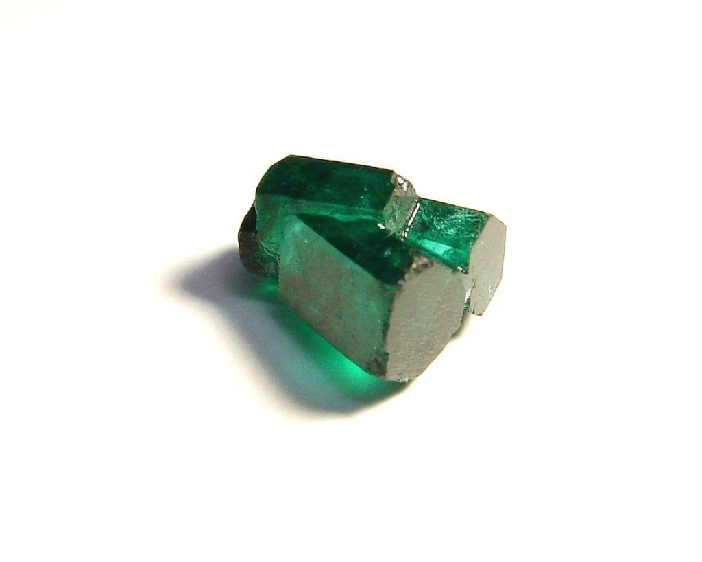 emerald rough - emerald buying guide