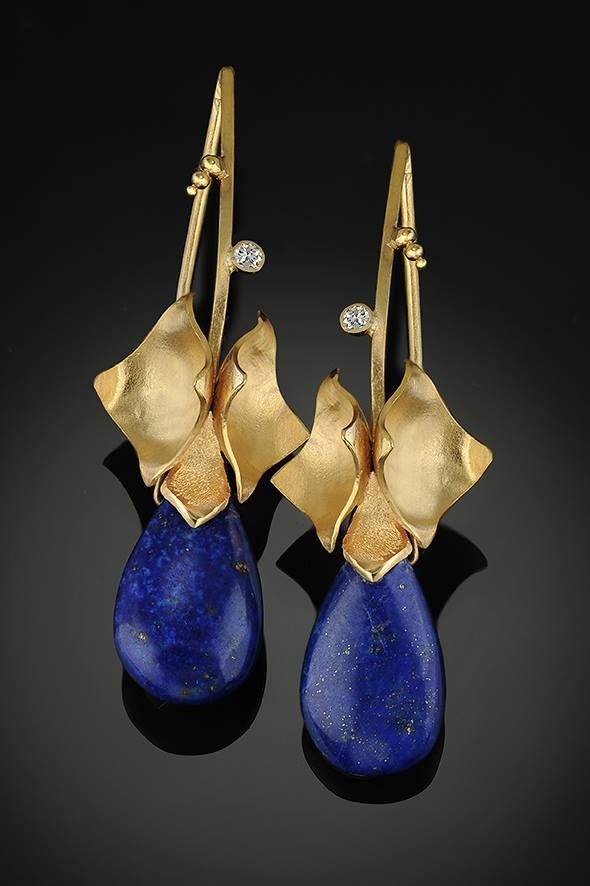 lapis lazuli buying guide - earrings