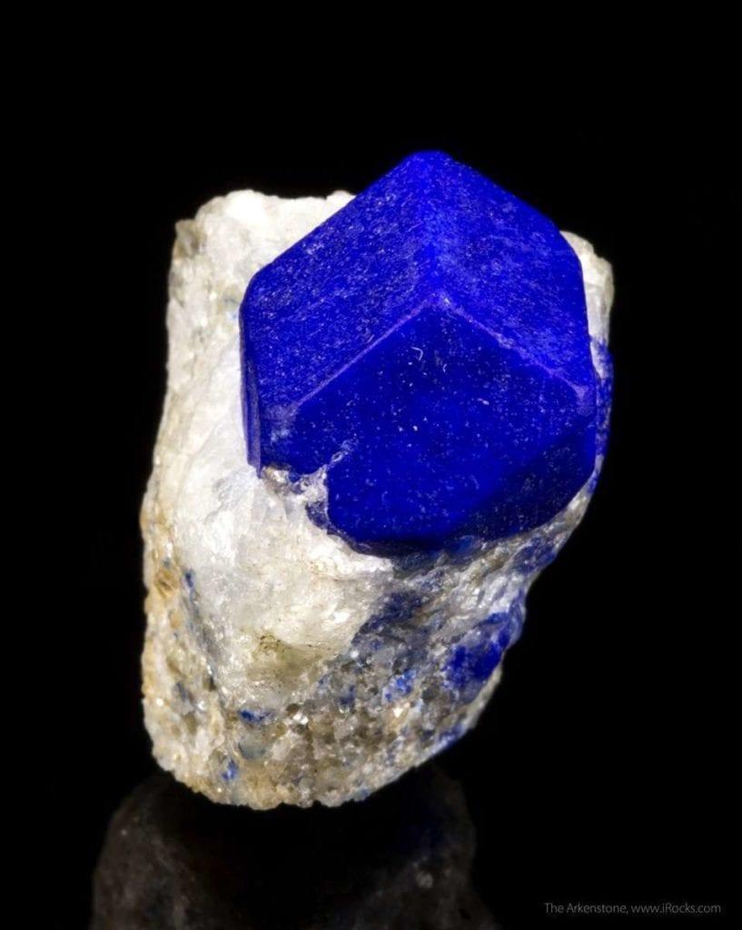 lapis lazuli buying guide - lazurite